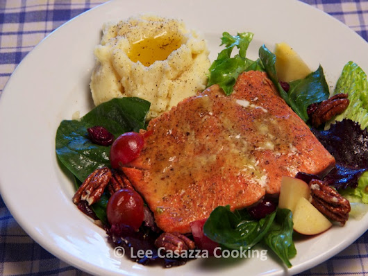 ROASTED SALMON WITH APPLE & DRIED CRANBERRY SALAD