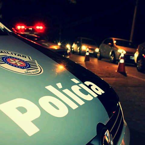 POLÍCIA MILITAR PRENDE AUTOR DE ROUBO DE CELULAR EM ILHA COMPRIDA