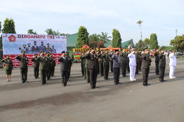 Acara Peringatan HUT Ke-76 TNI Dimakorem Turut Serta Dihadiri Dandim 0207/Simalungun