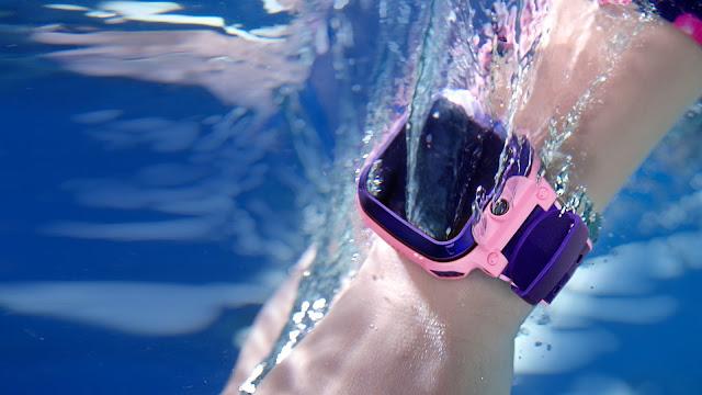 Menarik dari Watch Phone Z5 - Pilihan utama ibu bapa yang mementingkan komunikasi dan keselamatan anak-anak mereka