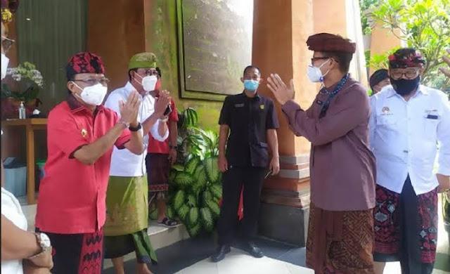 pemerintah mengambil program Work From Bali (WFB) dengan mengirimkan 25 persen ASN di tujuh kementerian. Tujuannya untuk memulihkan pariwisata bali yang terpuruk akibat pandemi covid 19.