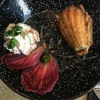 Madeleine à la truffe et chantilly salée maison de chez Pimpon restaurant sur Montpellier