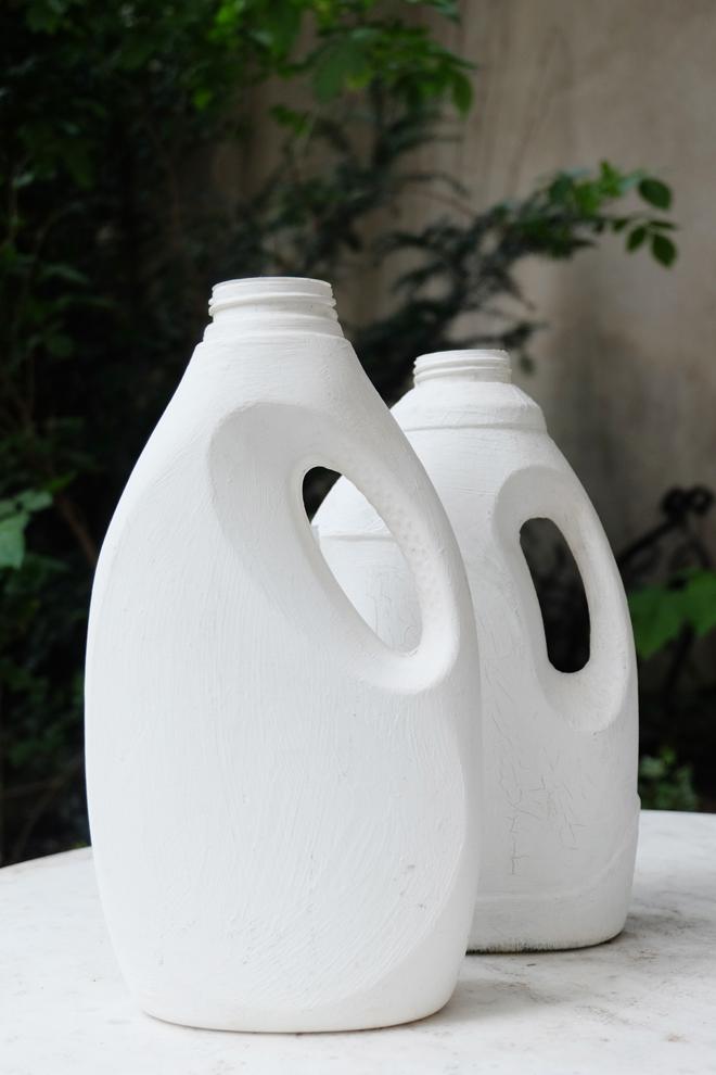 Putzmittelflasche, DIY, Produktdesign, Designobjekt, Alltagsgegenstand, Upcycling, Wiederverwertung, Fremdverwendung, Gießkanne