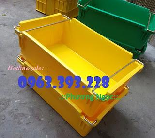 Thùng nhựa có quai xách, hộp nhựa đựng hải sản 4c255c195677b029e966