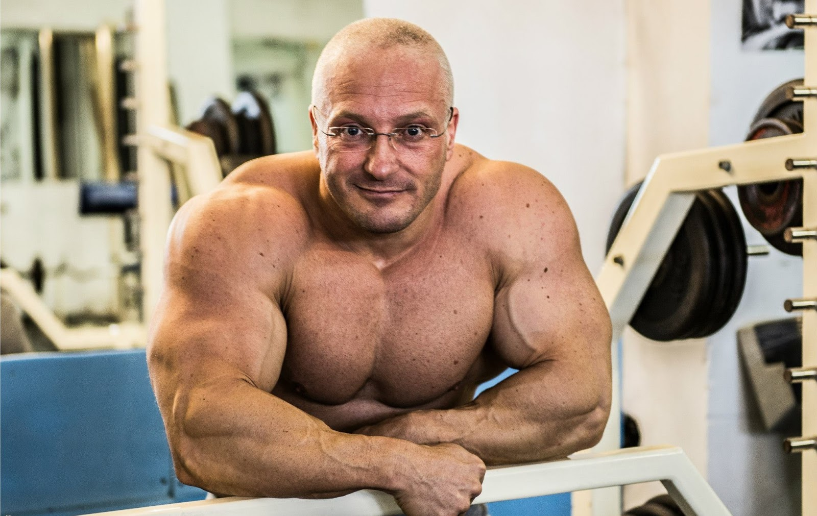Muscle Lover: Big muscle daddy from Romania - Feri Andrasoni