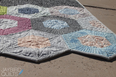 How To Bind 120 176 Angles Tutorial Jaybird Quilts