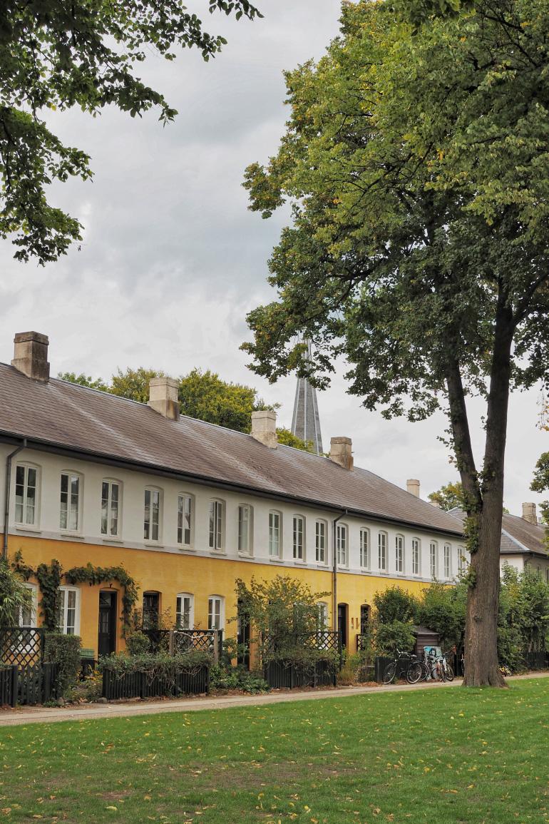 Promenade à Brumleby dans le quartier de Østerbro à Copenhague