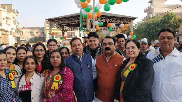 Councilor Subhash Ahuja hoisted the Gopi Colony Old Faridabad