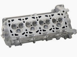 Main Parts of an Internal Combustion Engine (cylinder head)