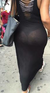 Señora sabrosa calle vestido negro transparente