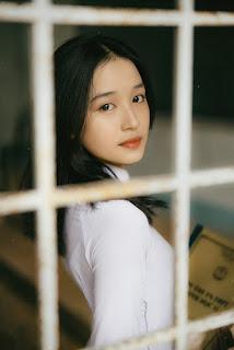 Nữ sinh 10X Đồng Tháp đẹp dịu dàng trong tà áo dài