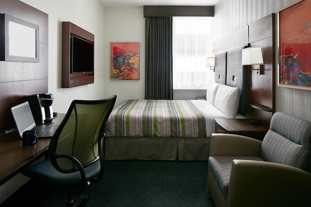 Club Quarters Hotel In Boston is set in the centre of Boston and features 178 rooms in a historical-style building.
