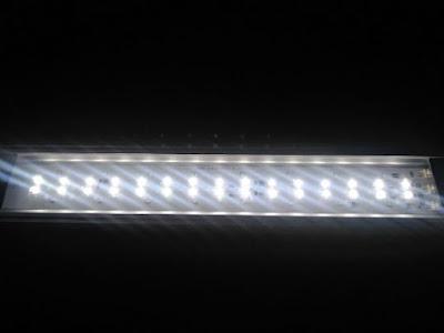 GEXパワーIII白色LED点灯