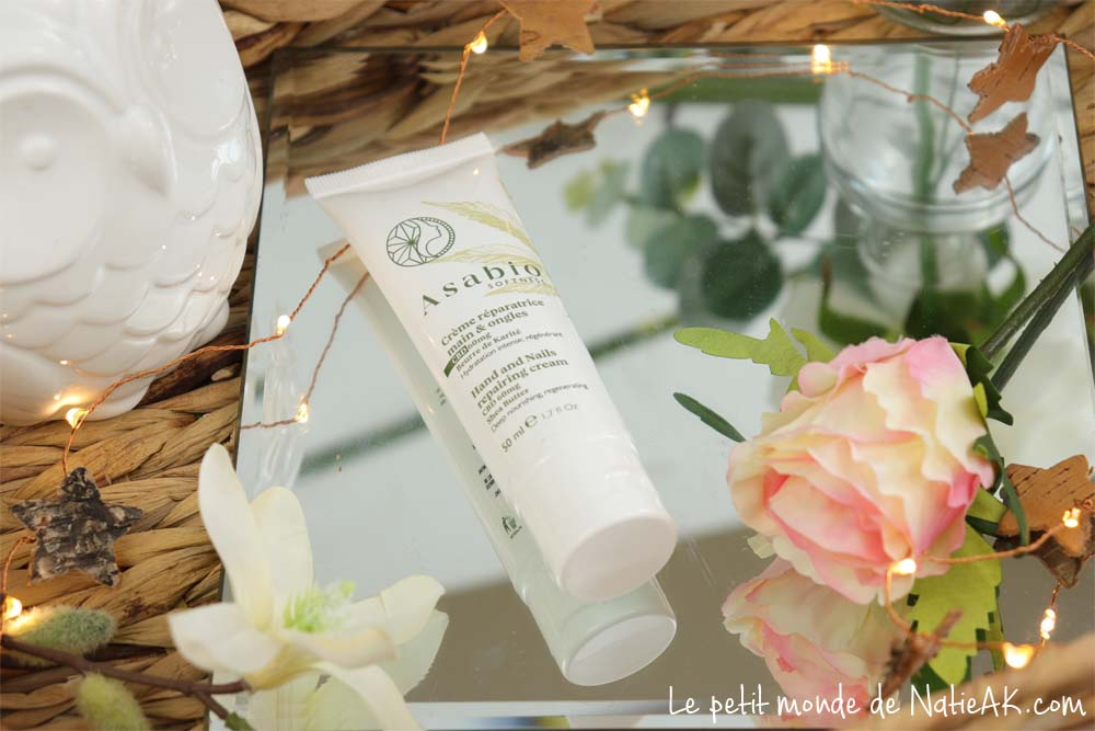 Soins de la peau et cosmétiques à l'huile de chanvre bio .