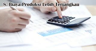 Biaya Produksi Lebih Terjangkau merupakan salah satu manfaat memberikan kalender sebagai souvenir promosi perusahaan