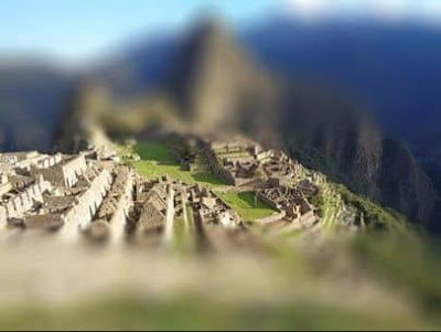 Figure: This ancient Incan city draws thousands of tourists everyday. Do you know its name?