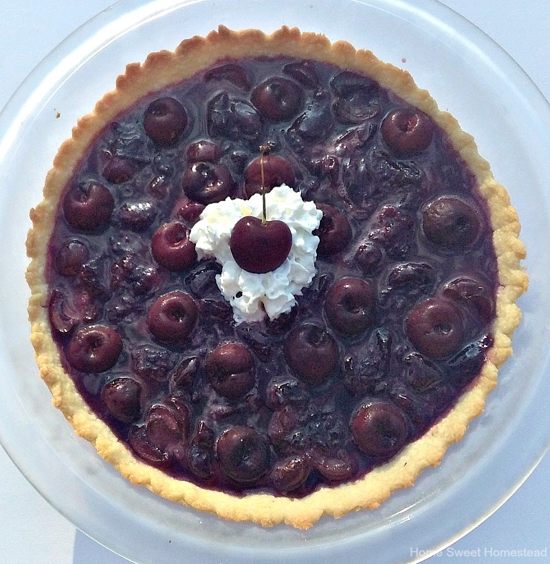 No-Bake Fresh Cherry Pie - Home Sweet Homestead