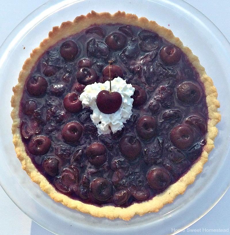 No-Bake Fresh Cherry Pie - Home Sweet Homestead