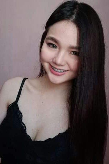 Hot and sexy photos of beautiful asian hottie chick Pinay gamer Frincess Joy Arañas photo highlights on Pinays Finest sexy nude photo collection site.