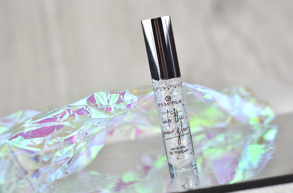 Review und Swatches essence Trend Edition 'into the snow glow' - Sparkly Lip Topper