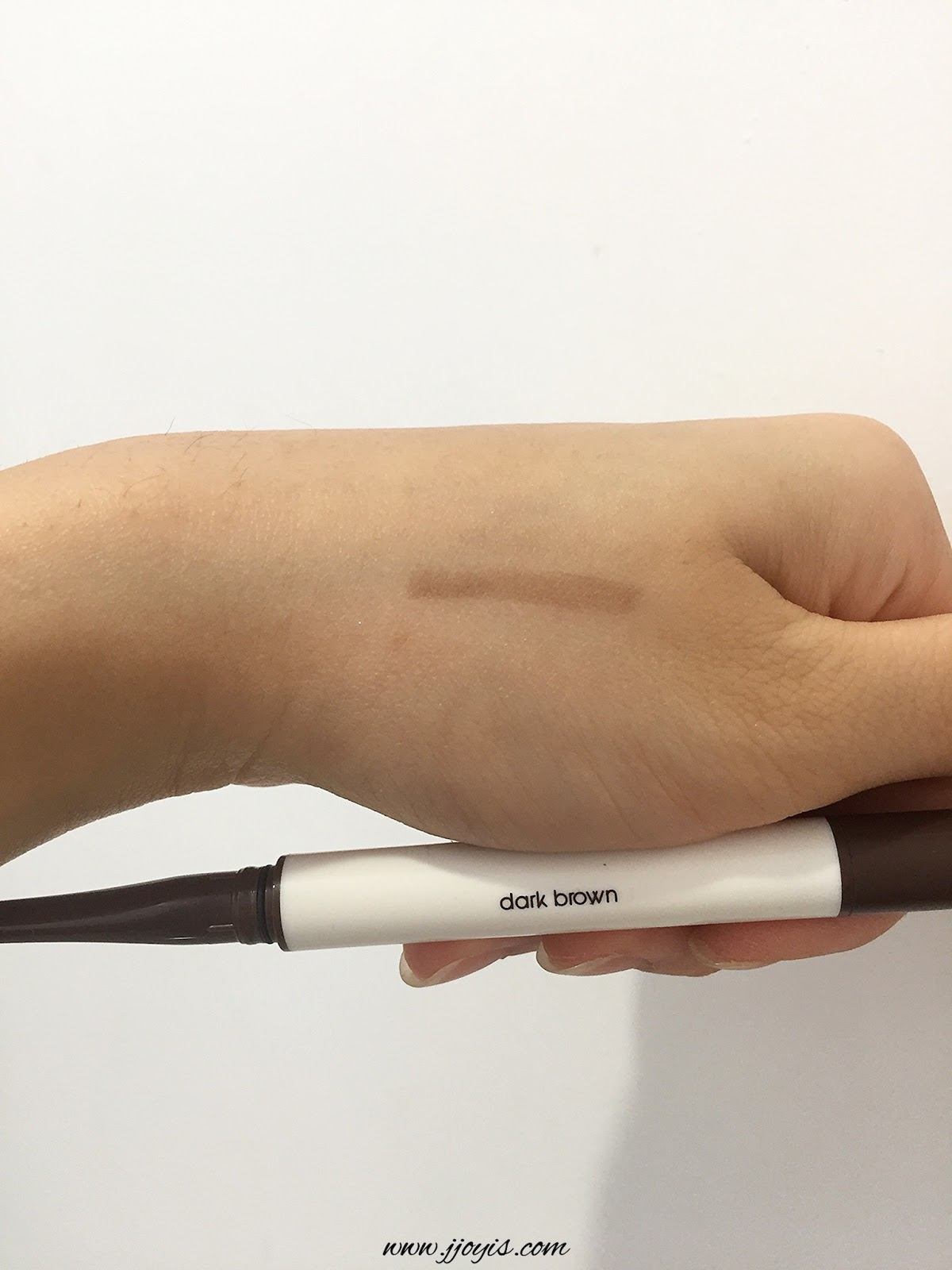 daiso eyebrow pencil dark brown review swatch