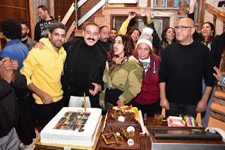 """أشرف عبد الباقي ونجوم """"اللوكاندة"""" يحتفلون بعيد ميلاد دياب"""