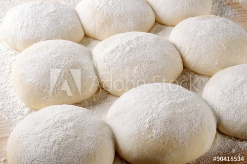تعرفى على طريقة  نحضير خبز البريتزل الالماني  المميز