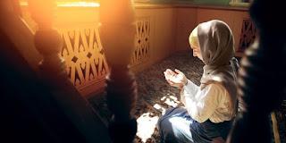 Bagaimana Hukum Meruqyah pada Bulan Puasa Ramadhan
