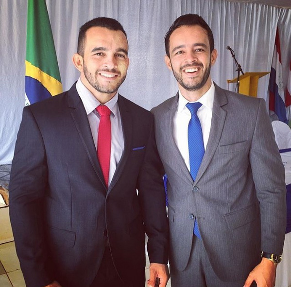 Zé do Gerson (esquerda) era irmão do vice-prefeito de Baianópolis, Weube Febrônio (direita)  (Foto: Reprodução/Instagram)