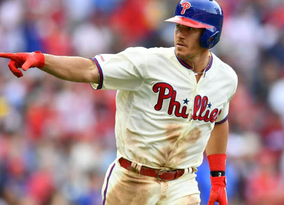 J.T. Realmuto signs five-year deal with the Phillies