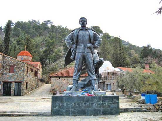 Γρηγόρης Αυξεντίου: O Γενναίος των Γενναίων που αγαπήθηκε όσο κανείς άλλος
