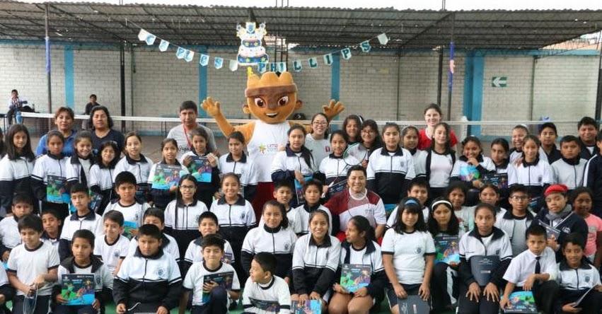 Badmintonistas nacionales dieron cátedra en colegio del Callao