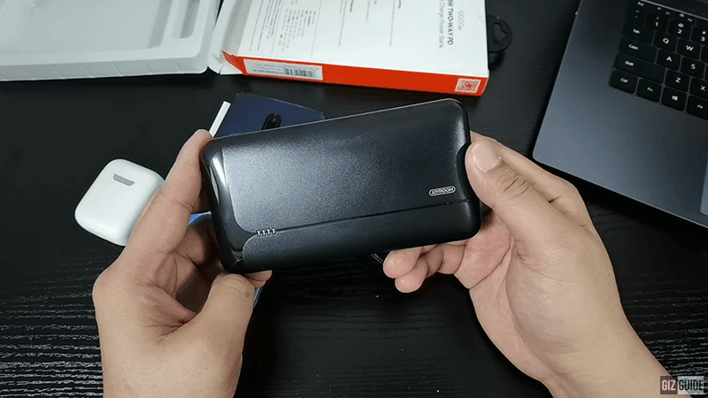 Watch: We unboxed the JOYROOM D-QP181 power bank with fireproof casing material and dual 18W fast charging