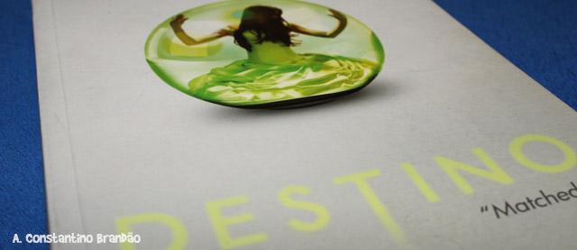 capa do livro destino