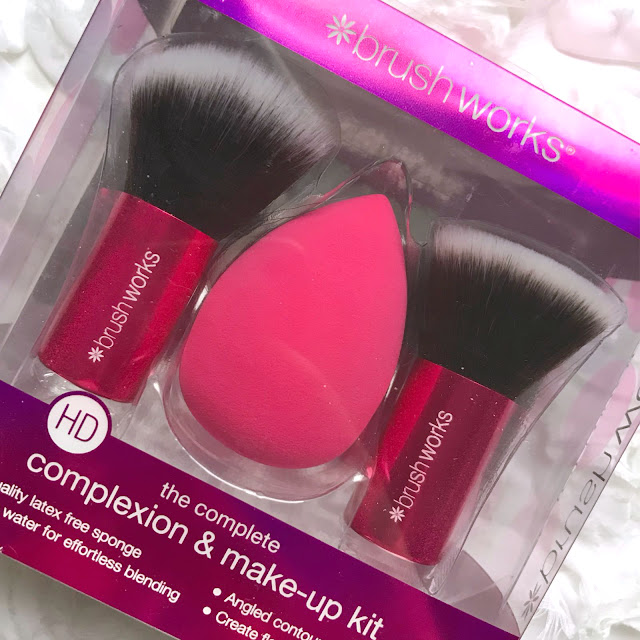 Brushworks Complexion And Makeup Kit