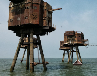 Ocean Fort Girl Escape