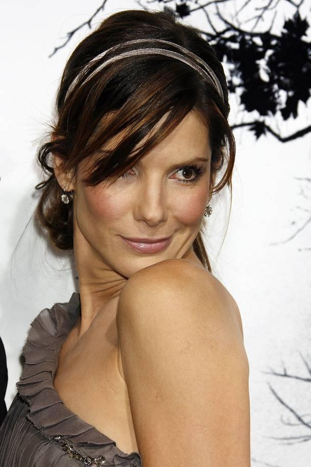 Sandra Bullock Hair Styles: Sandra Bullock Hairstyle Trends