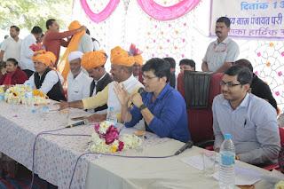 तराना के ग्राम गुराड़िया गुर्जर में परी के डेरे में विशेष ग्राम सभा आयोजित