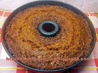 Κέικ με καρότα και γλάσο τυριού - από «Τα φαγητά της γιαγιάς»