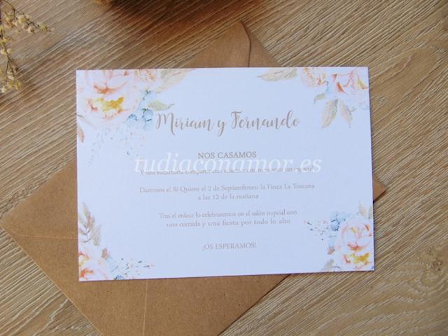 Invitación con peonías dibujadas, un diseño romántico y diferente.