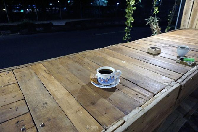 Menyesap kopi Sumbawa di Kedai Kopi Aksara