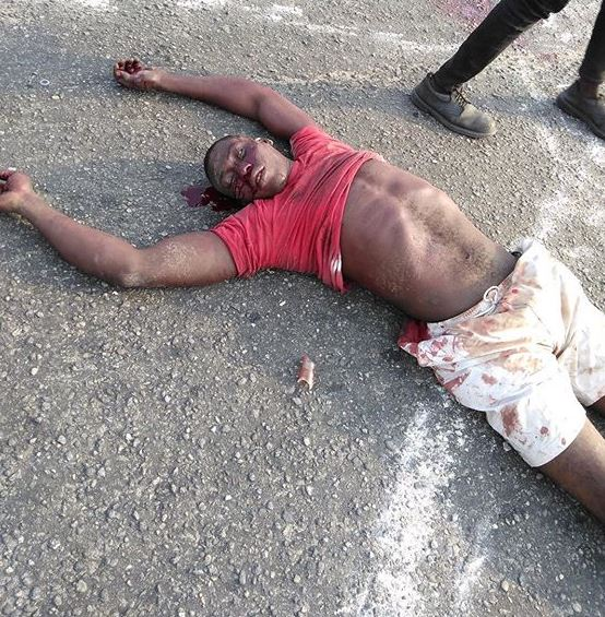 Police Kill Lagos Protester As Mob Burns Van Over Xenophobia (Video+ Photo)