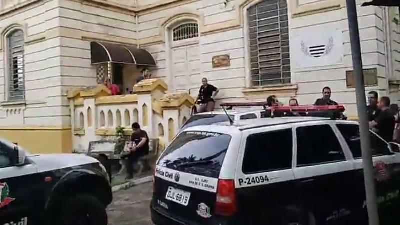 Polícia Civil realiza megaoperação contra o tráfico de drogas em Pinhal