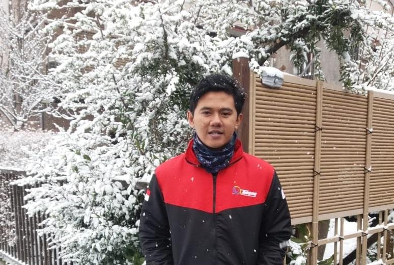 """Untuk_MAM_Watulimo:_""""Salam_dari_Negeri_Matahari_Terbit_dari_Alumni- mu"""""""