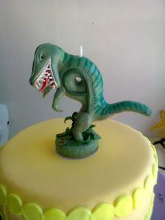 vela de biscuit dinossauro rex