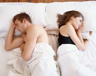 selama ini diketahui secara umum sebagai alat kontrasepsi bagi pasangan suami istri yang  Penggunaan Kondom dikala Istri Hamil