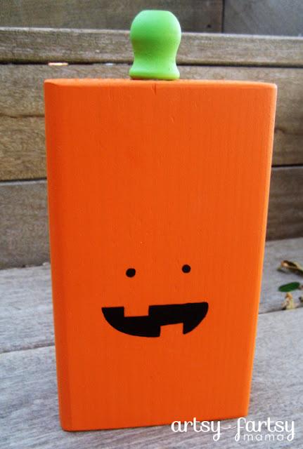 Halloween Pumpkin Block at artsyfartsymama.com #Halloween #pumpkin