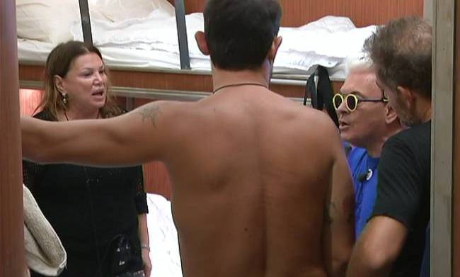 Serena Grandi racconta l'amore segreto con Pino Daniele al Grande Fratello Vip