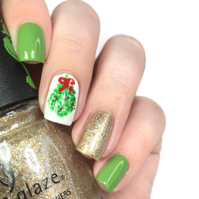 Mistletoe Nail Art