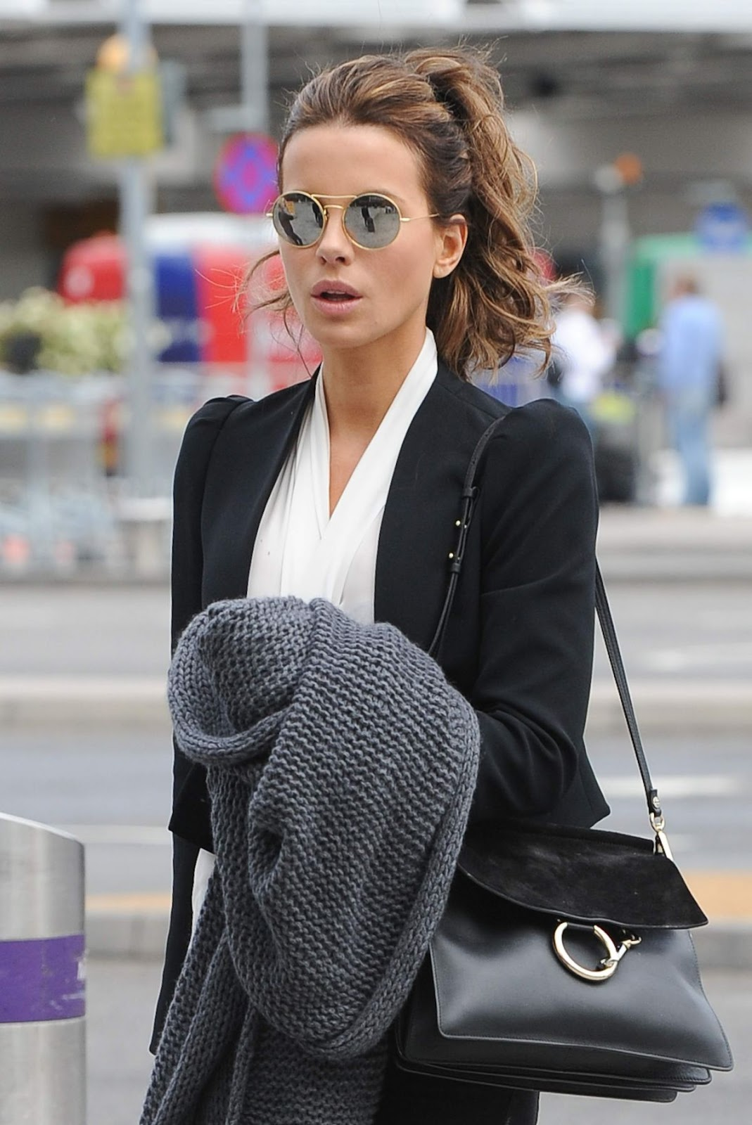 Full HQ Photos of Kate Beckinsale Arrives At Heathrow Airport In London
